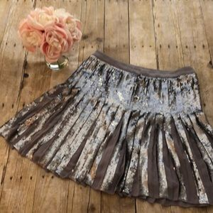 Banana Republic Sequin Pleated Skirt- Size 4